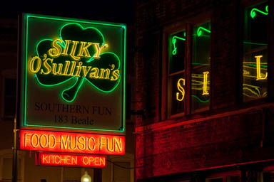 Silky O'Sullivan's www.silkyosullivans.com 183 Beale Street Memphis, TN 38103 (901) 522-9596